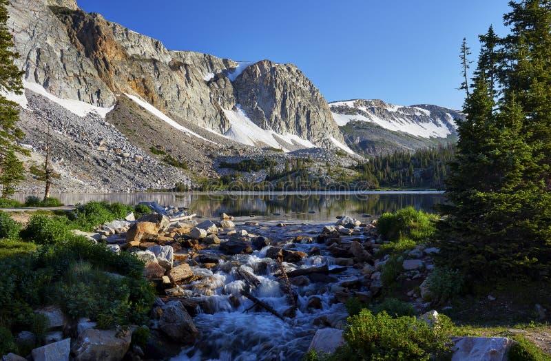 Marie Lake snöig område, Wyoming royaltyfria bilder
