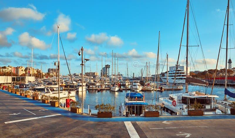 Mariene haven Vell in Barcelona, Spanje luxe stock fotografie