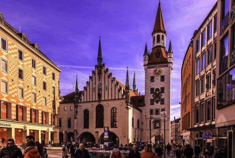 Marienplatz的老城镇厅 库存图片