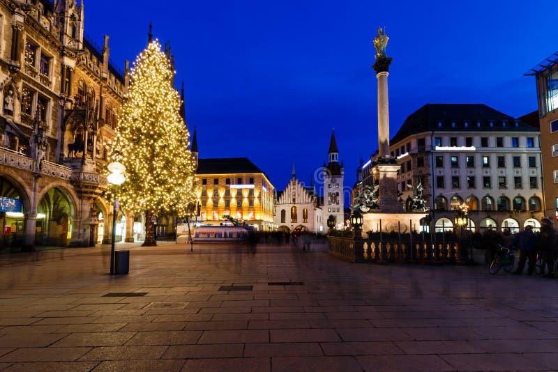 Marienplatz το βράδυ, Μόναχο στοκ εικόνα με δικαίωμα ελεύθερης χρήσης