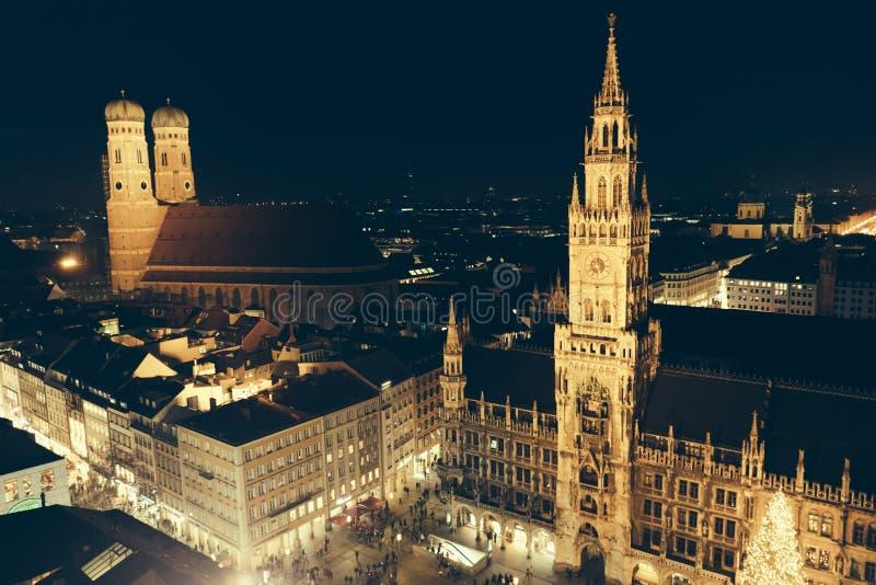 Marienplatz bożych narodzeń noc zdjęcie royalty free