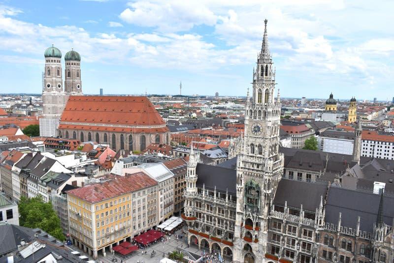 Marienplatz en Munich, Stadtmitte-Marienplatz en centro de ciudad de Munich imágenes de archivo libres de regalías