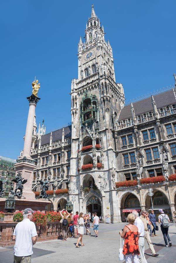 Marienplatz, hôtel de ville image libre de droits