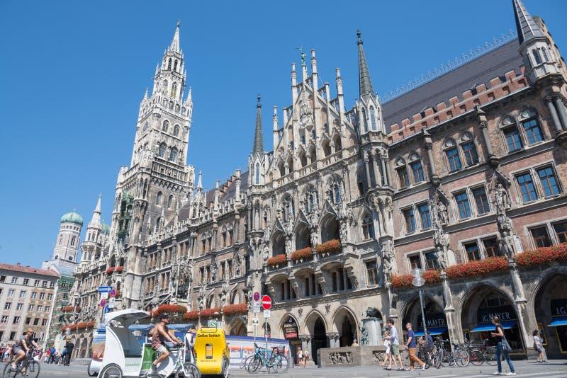 Marienplatz, urząd miasta fotografia royalty free