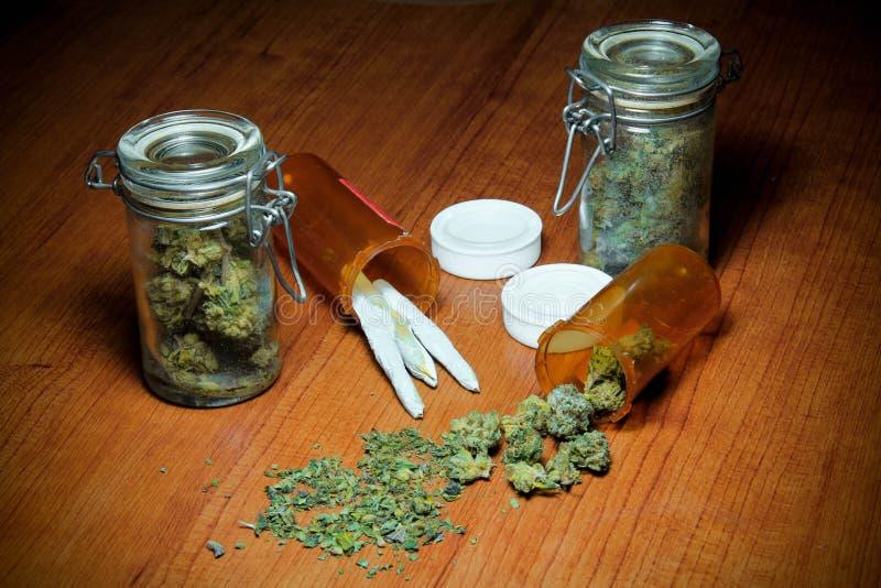 Marihuana Na stole fotografia royalty free