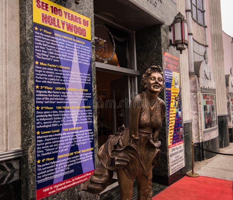 Marilyn Monroe-standbeeld bij Hollywood en Wijnstok royalty-vrije stock afbeelding