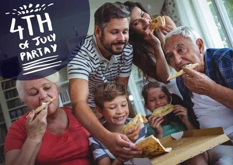 Marin- och vitfjärdedelen av Juli festar diagrammet mot familjen som äter pizza arkivbild