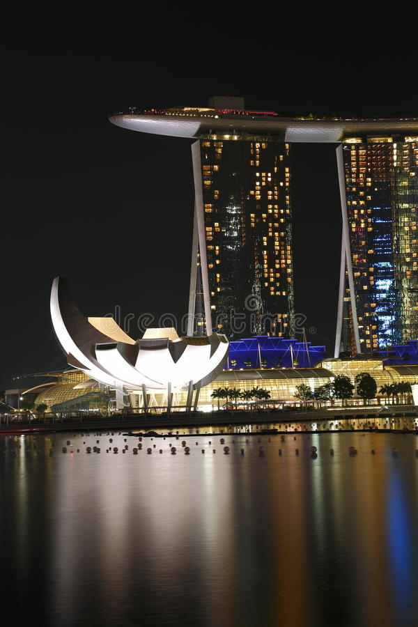 Download Marina Bay Sands With Art Science Museum Royalty Free Stock Photos - Image: 28070338