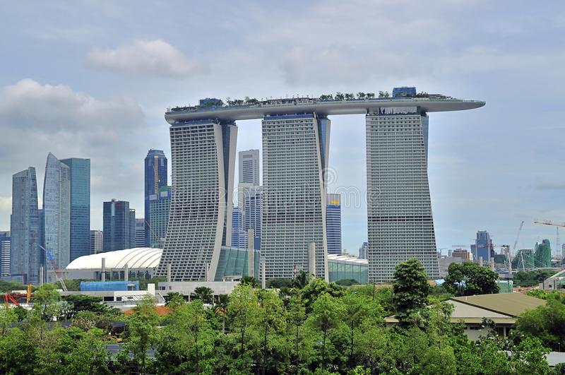 Download Marina Bay Sands Hotel stock photo. Image of cranes, iconic - 17056134