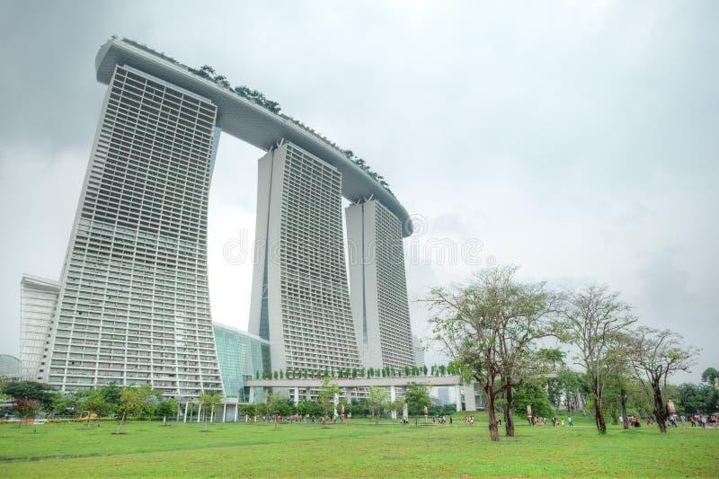 Marina Bay Sands Integrated Resort e margem fotografia de stock