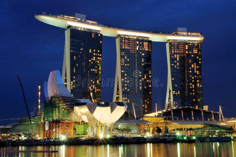 Download Marina Bay Sands at Night editorial photography. Image of double - 16319872