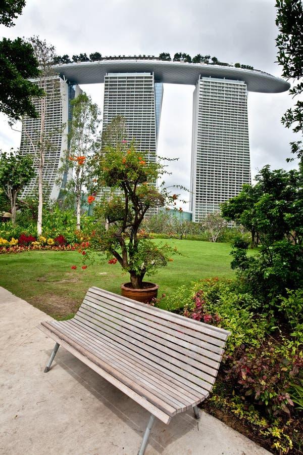 Marina Bay Sands, wie von den Gärten durch die Bucht gesehen, SINGAPUR lizenzfreies stockbild