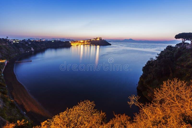 Marina Corricella sur l'île de Procida photos stock