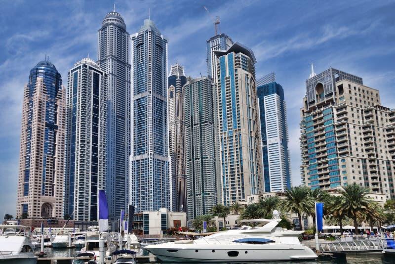 Marina de Dubaï avec des gratte-ciel à Dubaï, Emirats Arabes Unis photographie stock