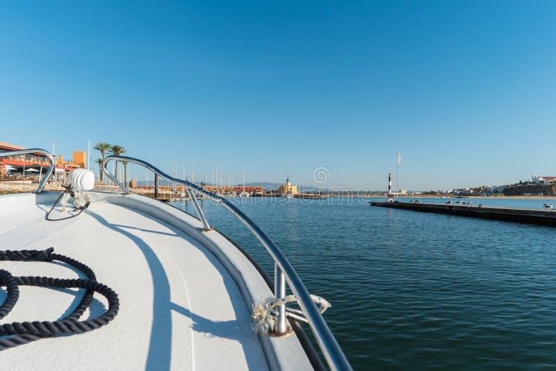 Marina de yacht dans Portimao Côte d'Algarve, Portugal images libres de droits