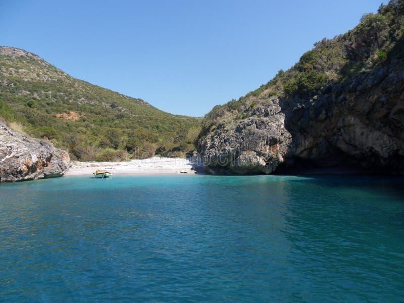 Marina Di Camerota, Cala Bianca plaża - fotografia stock