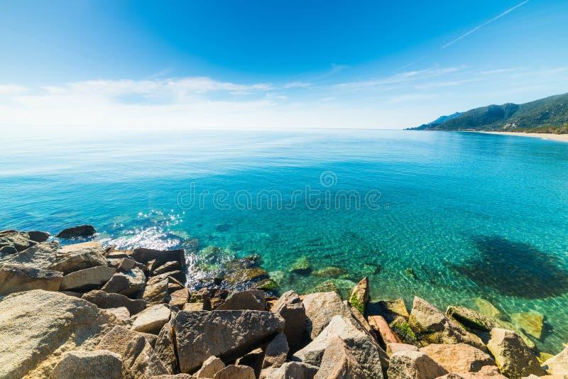 Marina di Cardedu-kust in Sardinige stock fotografie