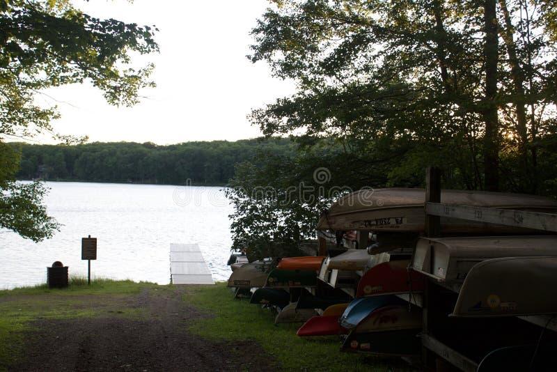 Marina et bateaux de Chambre de lac pennsylvania image stock