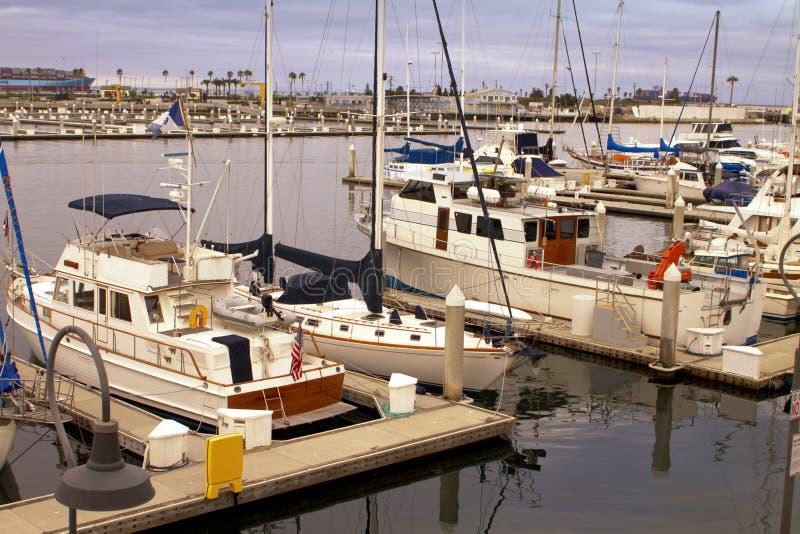 Marina för hamn för segelbåtyachthav royaltyfri bild