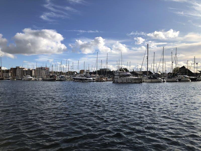 Marina frente al mar Ipswich, barcos, East Anglia fotos de archivo libres de regalías