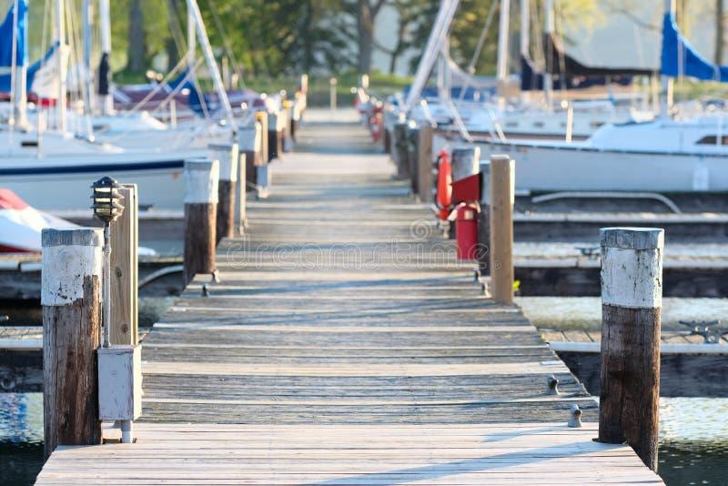 Marina na Jeziornym Cayuga zdjęcie stock