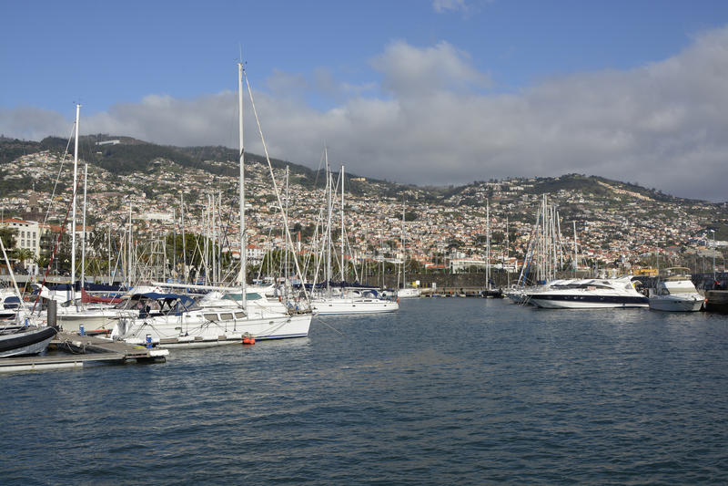 Marina på sjösida av Funchal, madeira, Portugal arkivfoto