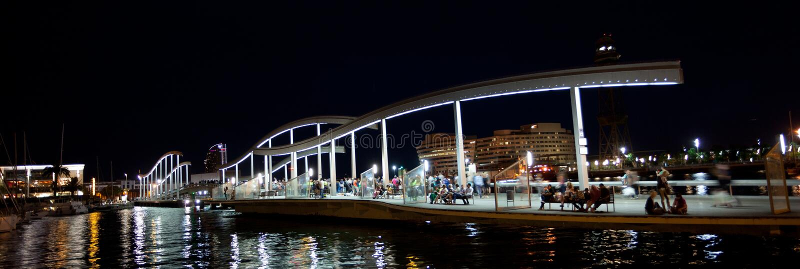Marina Port Vell et Rambla Del Mar à Barcelone photographie stock