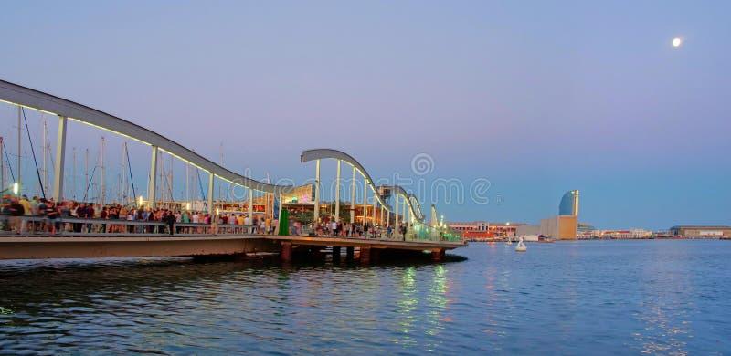 Marina Port Vell und der Rambla Del Mar, Barcelona stockbild