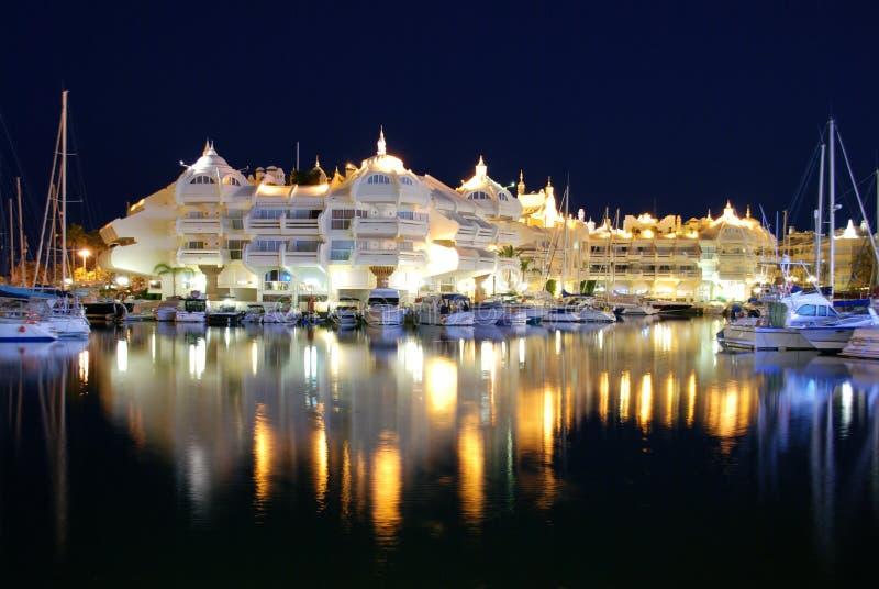 Marina przy nocą, Benalmadena, Andalusia, Hiszpania. zdjęcia royalty free
