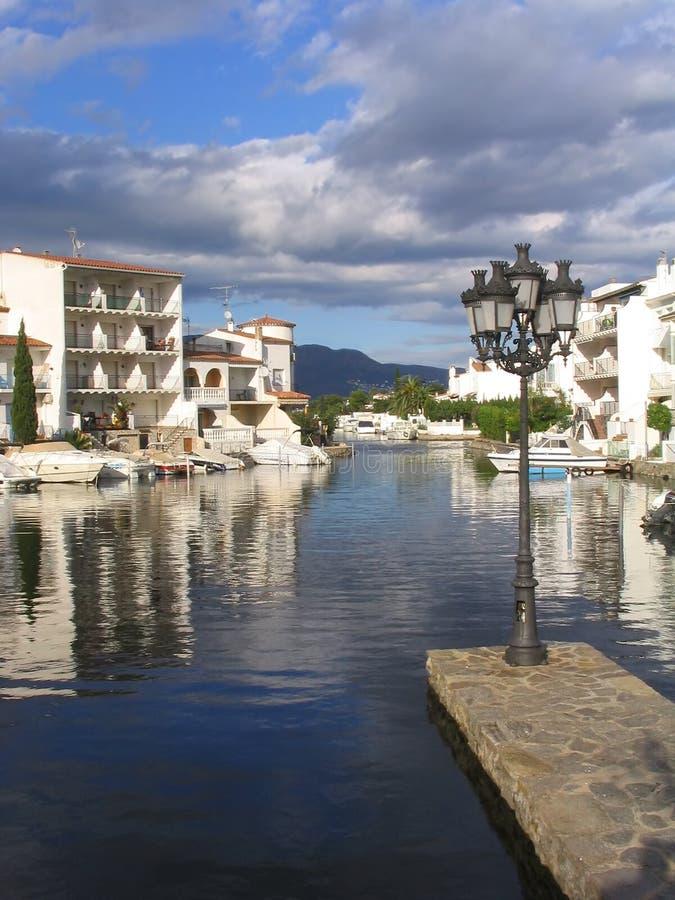 Marina résidentielle d'Empuriabrava (côte Brava, Espagne) photo libre de droits