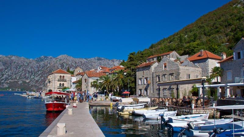 Marina w Perast przy Kotor zatoką w Montenegro fotografia royalty free