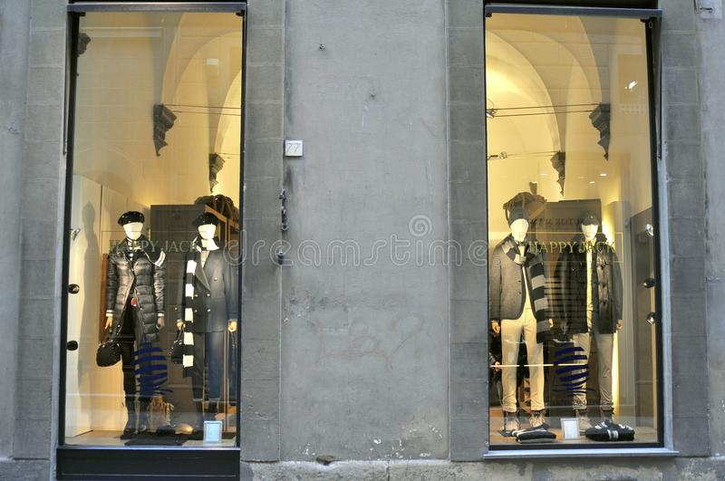 Marina Yachting-Shop in Florenz, Italien stockbild