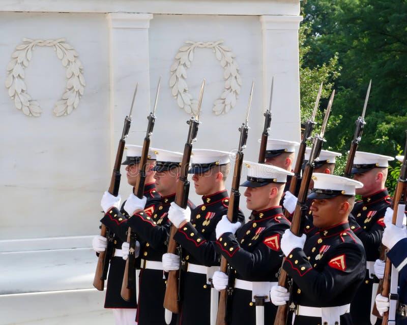 Marinai al cimitero nazionale di Arlington immagine stock