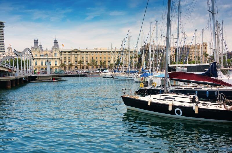 Marinaport Vell i Barcelona fotografering för bildbyråer
