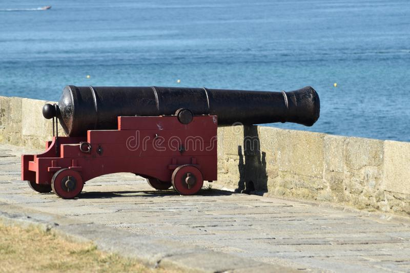 A war cannon weapon on the ramparts stock images