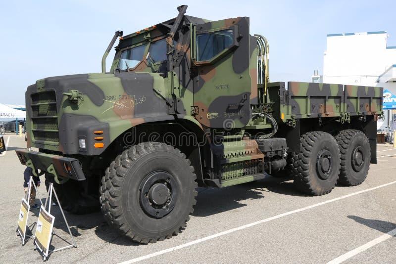 Marine Corps AMK23 camión del cargo de 7 toneladas imagen de archivo libre de regalías