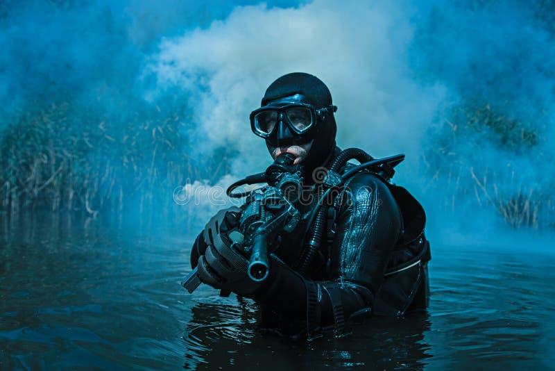 Marine DICHTUNGS-Froschmann stockbilder