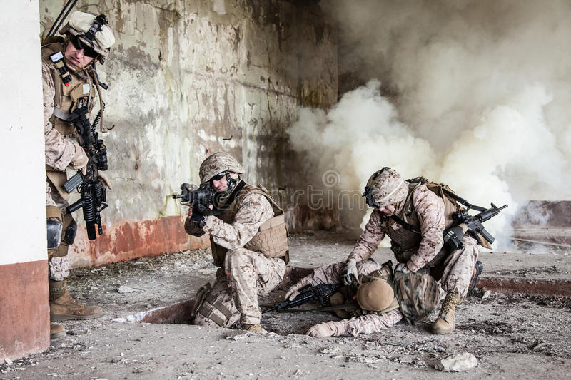 Marines des USA dans l'action photo libre de droits