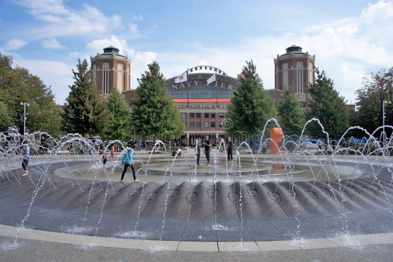 Marinha Pier Water Fountain, Chicago, IL imagem de stock