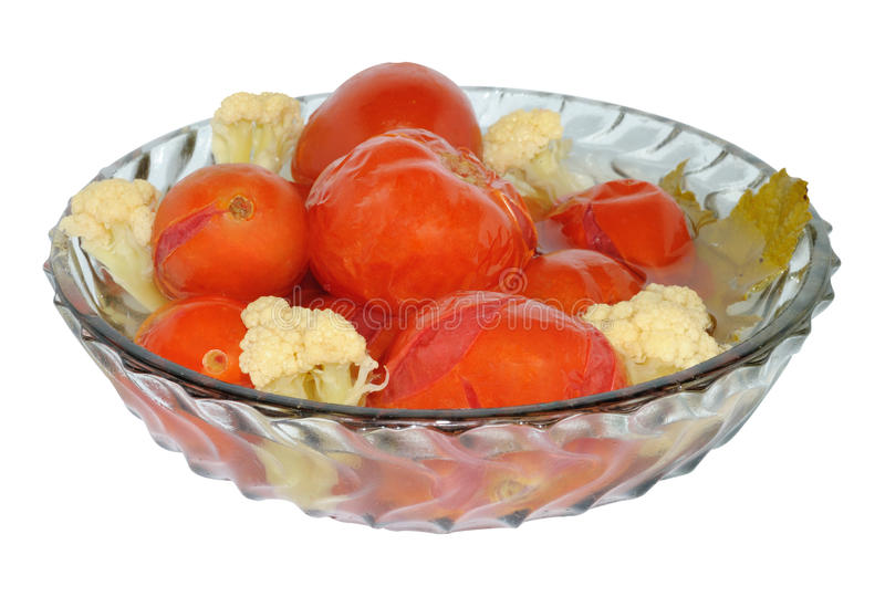 Marinierte Tomaten mit Blumenkohl lizenzfreies stockfoto