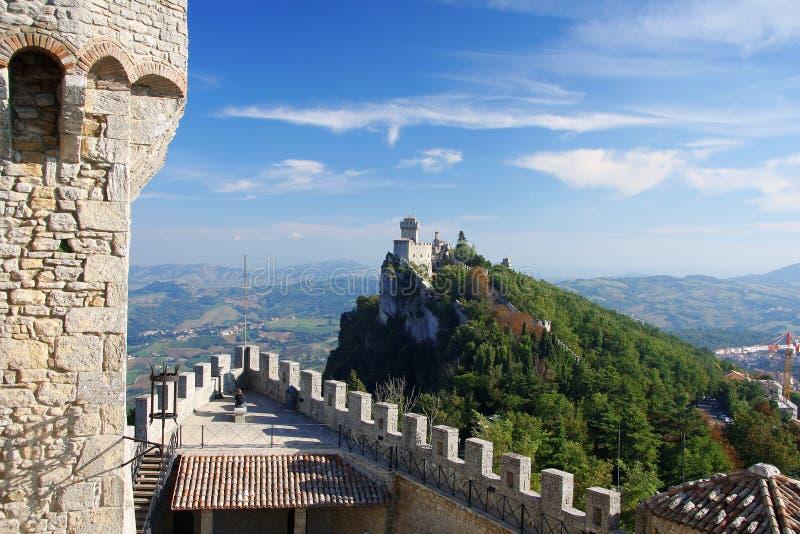 marino san Италии замока стоковые изображения rf