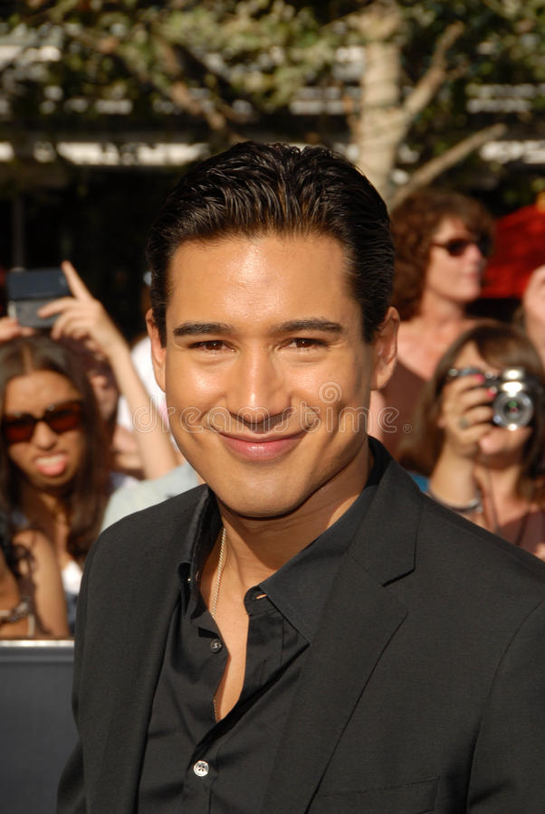 Download Mario Lopez editorial stock photo. Image of angeles, saga - 26356783