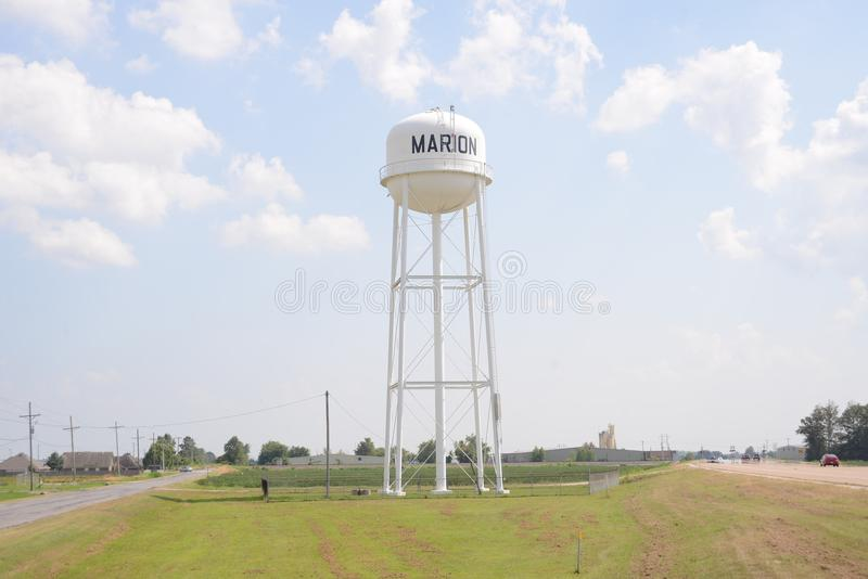 Marion Arkansas de la torre de agua del condado de Crittenden imágenes de archivo libres de regalías