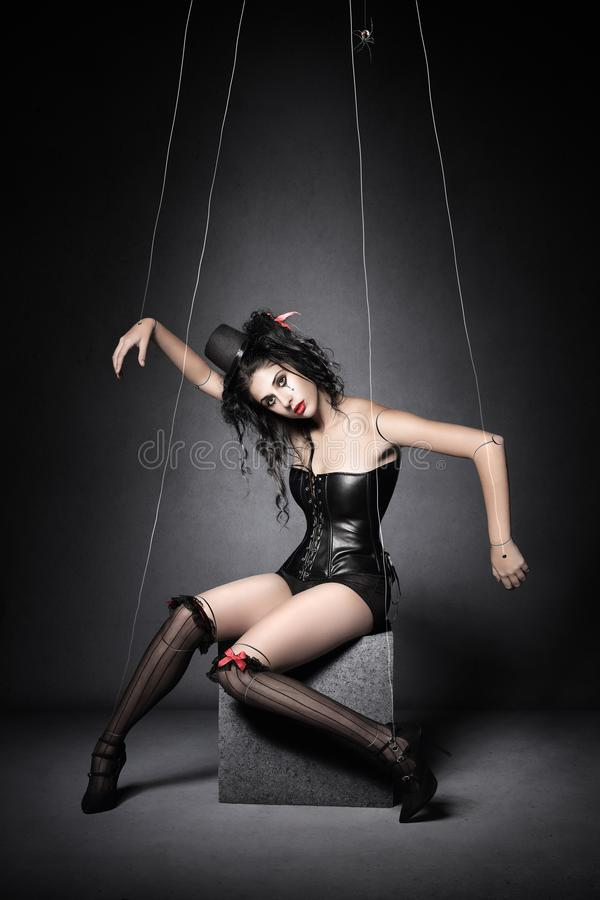 Marioneta de la marioneta de la viuda negra imagenes de archivo