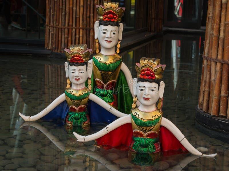 Marioneta vietnamita tradicional del agua imágenes de archivo libres de regalías