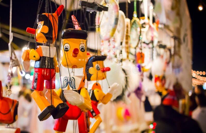 Marionetas de madera de Pinocchio foto de archivo libre de regalías