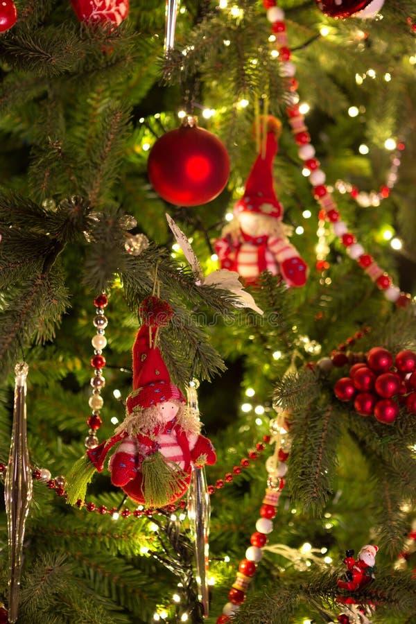 Marionetas del árbol de navidad fotografía de archivo