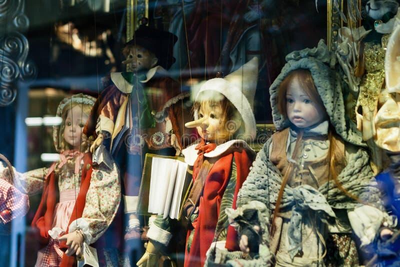 Marionetas tradicionales imagen de archivo