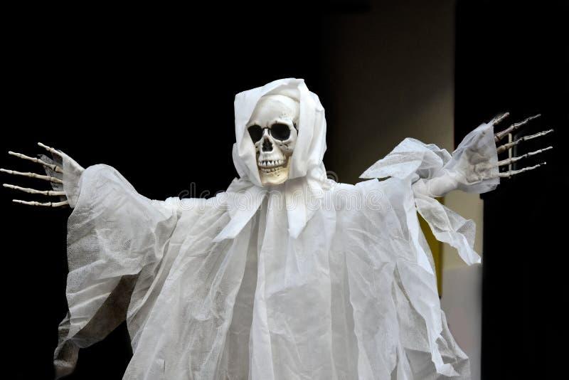 Marionnette de ficelle de Ghost photographie stock libre de droits
