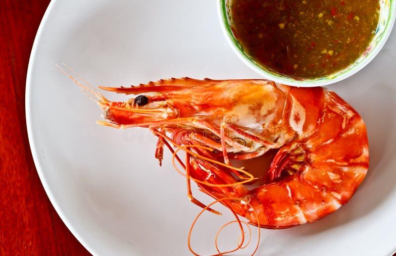 Marisco tailandês, camarão cozinhado com molho picante imagens de stock royalty free
